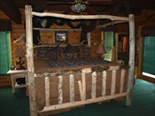 King Log Canopy Bed (Single, Knotty)