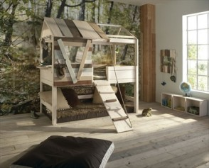 Log Treehouse Bed
